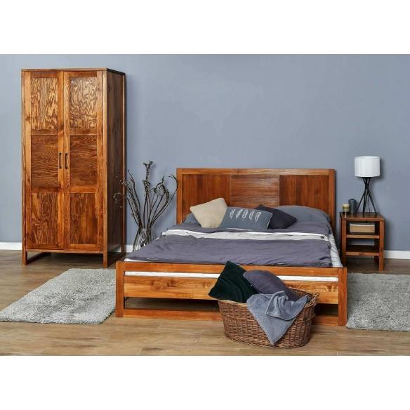 Loftowa sypialnia drewniana.