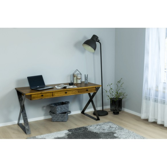 Metalowe biurko loft