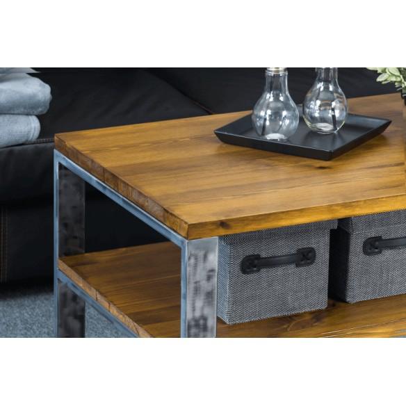 Metalowy stolik kawowy w stylu industrialnym