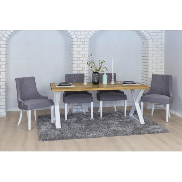 stół z nogami jasnymi metalowymi